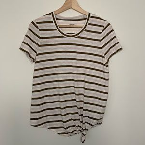 Made well knotted tee size small new without tags
